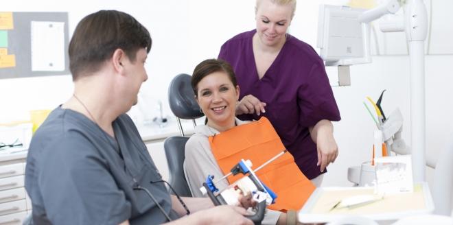 Behandlungsspektrum von Zahnarzt Dr. Badziong in Dortmund